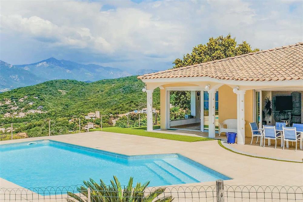 Pool, villa exterior, villa with pool