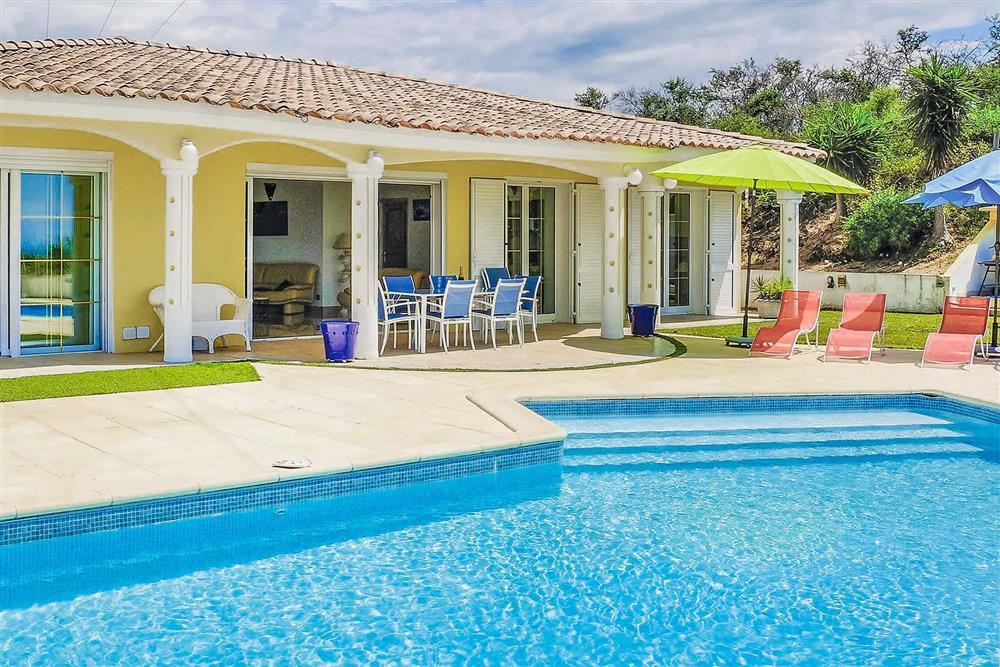 Villa exterior, villa with pool, pool