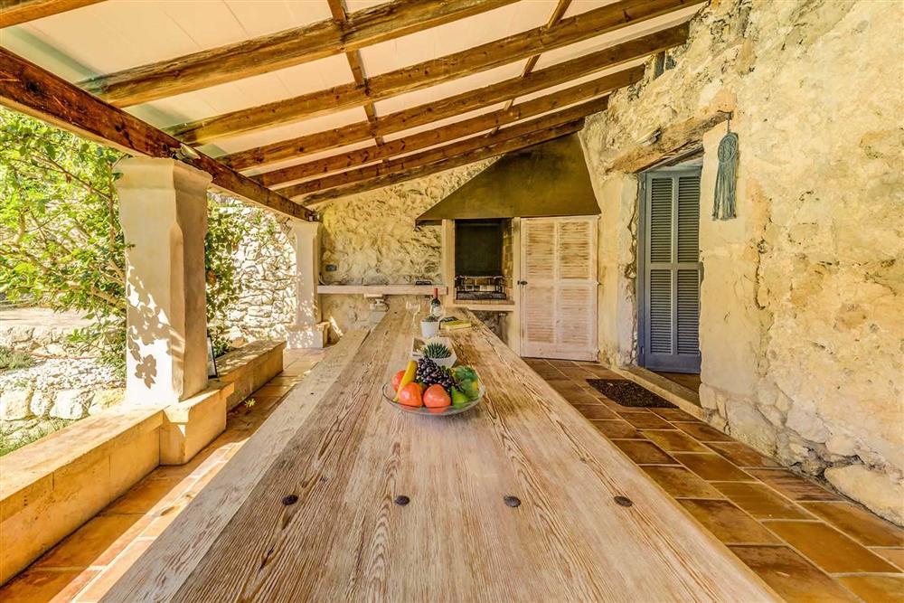 Alfresco dining (photo 2) at Villa Cabanellas, Pollensa, Mallorca