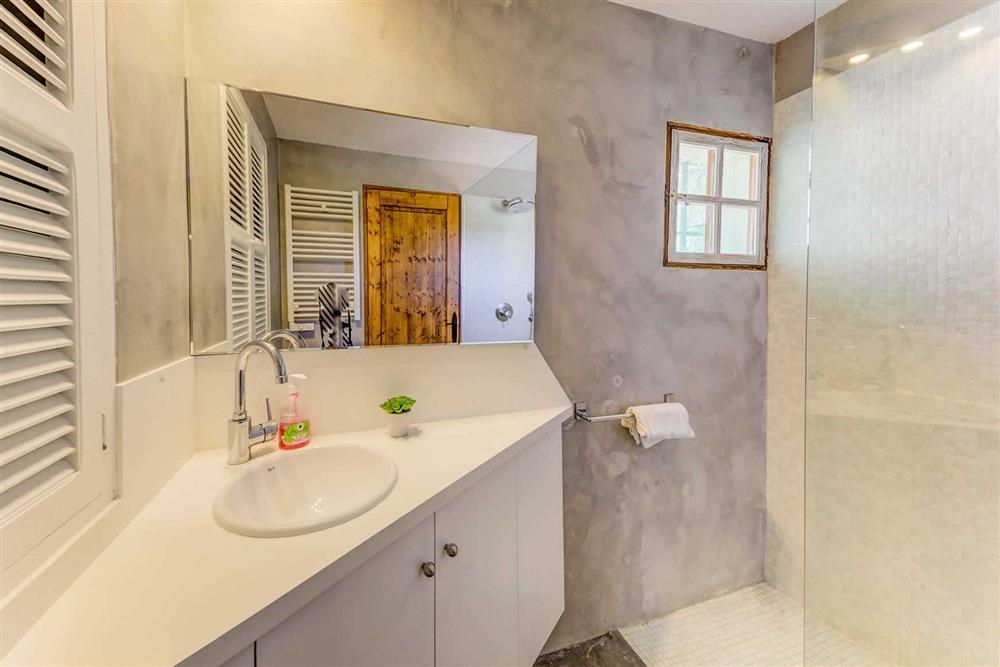 Bathroom at Villa Cabanellas, Pollensa, Mallorca