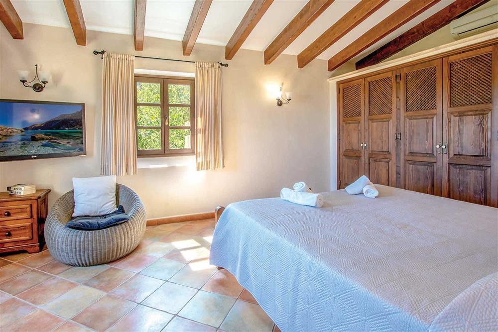 Double bedroom (photo 2) at Villa Can Gallardo, Pollensa, Mallorca