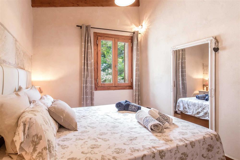Double bedroom (photo 2) at Villa Can Gardo, Pollensa, Mallorca