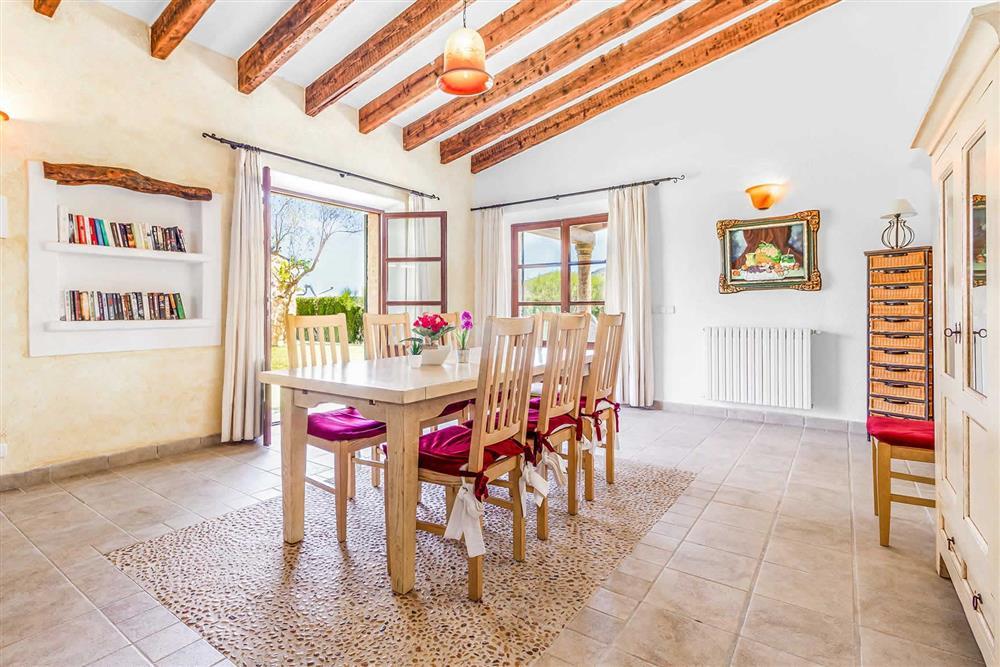 Dining room at Villa Can Segue Dos, Alcudia, Mallorca