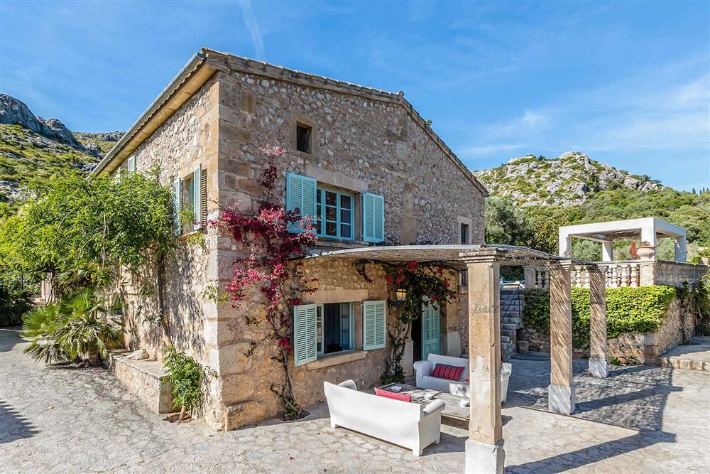 Garden at Villa Can Segui, Puerto Pollensa, Mallorca