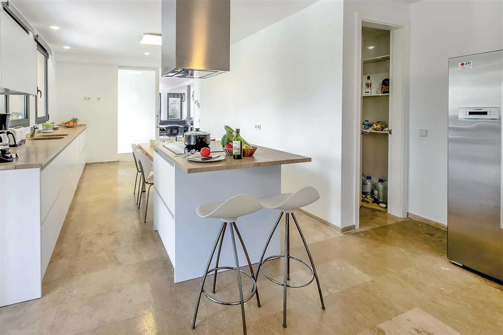 Kitchen, kitchen/diner at Villa Can Tereu, Pollensa, Mallorca