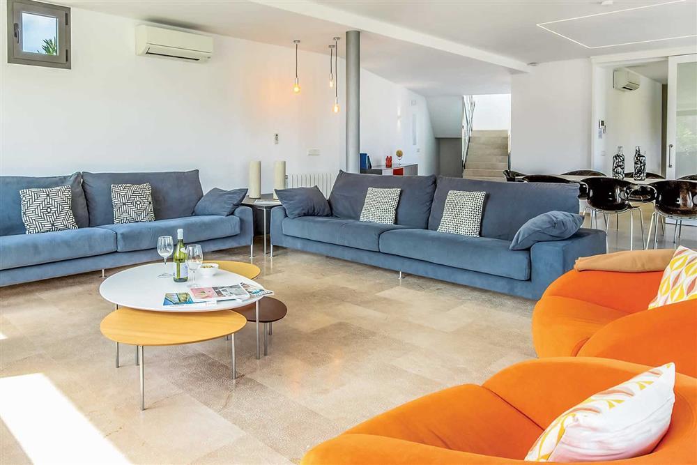 Lounge (photo 2) at Villa Can Tereu, Pollensa, Mallorca