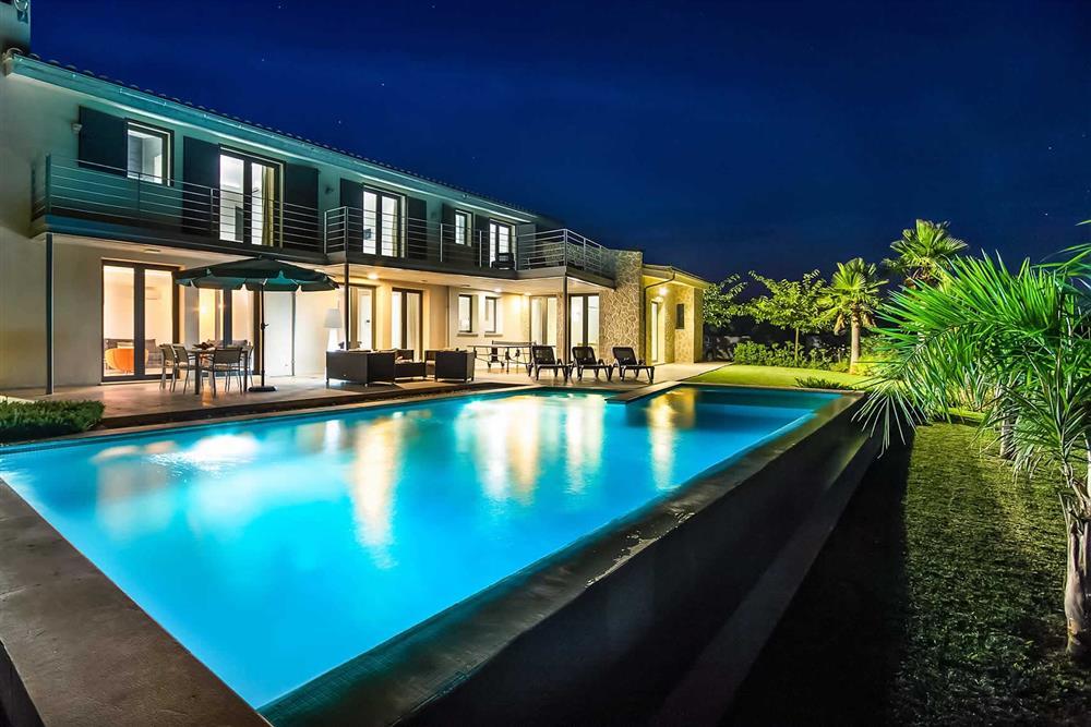 Night shot, villa with pool, pool at Villa Can Tereu, Pollensa, Mallorca
