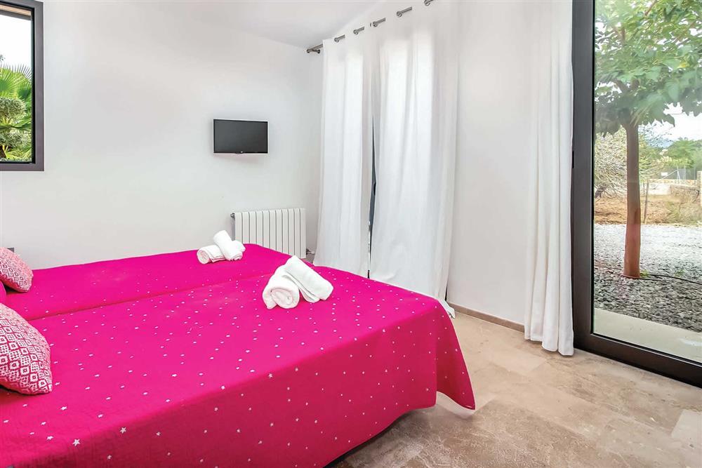 Twin bedroom (photo 6) at Villa Can Tereu, Pollensa, Mallorca