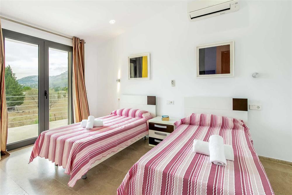 Twin bedroom at Villa Can Tereu, Pollensa, Mallorca