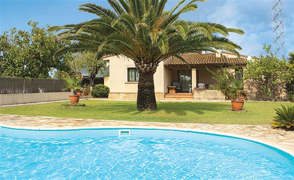 Swimming pool at Villa Can Vilar, Pollensa Mallorca, Spain