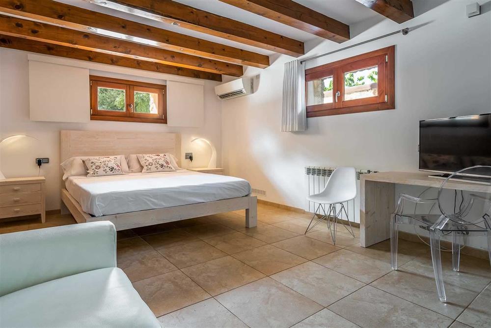 Double bedroom (photo 2) at Villa Canacati, Pollensa, Mallorca