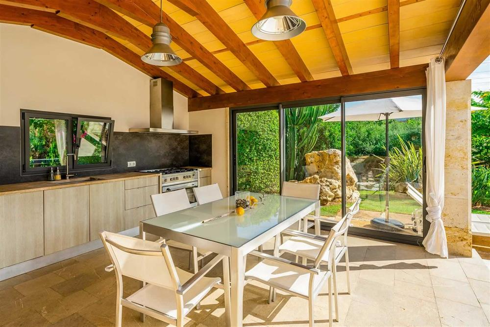 The kitchen and dining at Villa Canacati, Pollensa, Mallorca