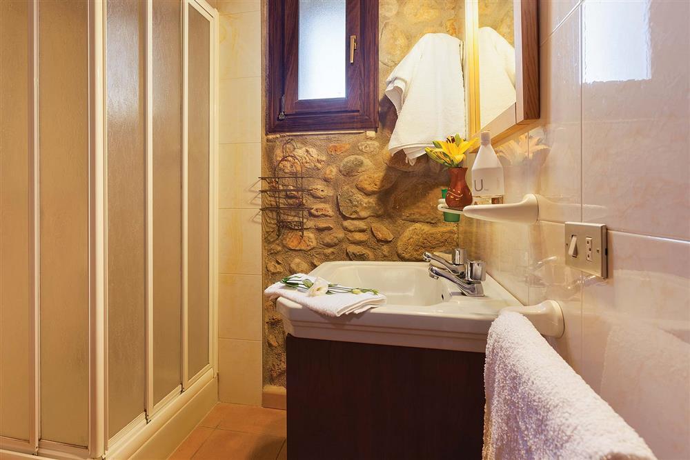 Bathroom at Villa Carratxet, Sa Pobla, Mallorca