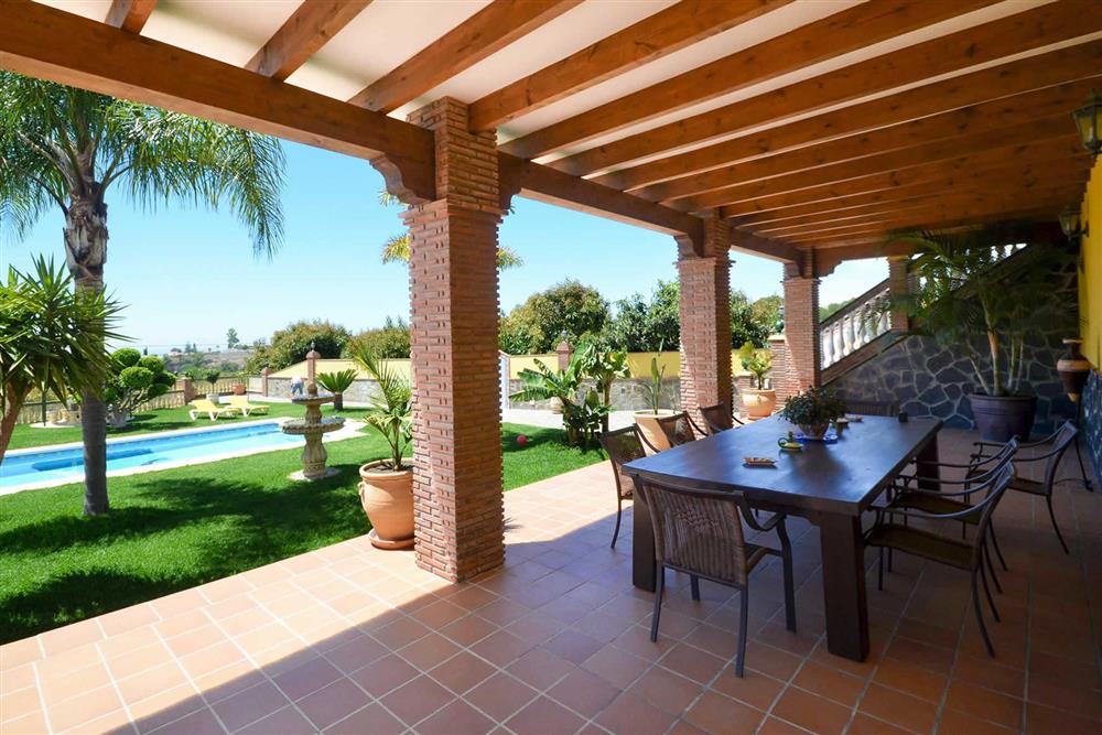 Alfresco dining, villa with pool at Villa Casa Dalia, Nerja, Andalucia