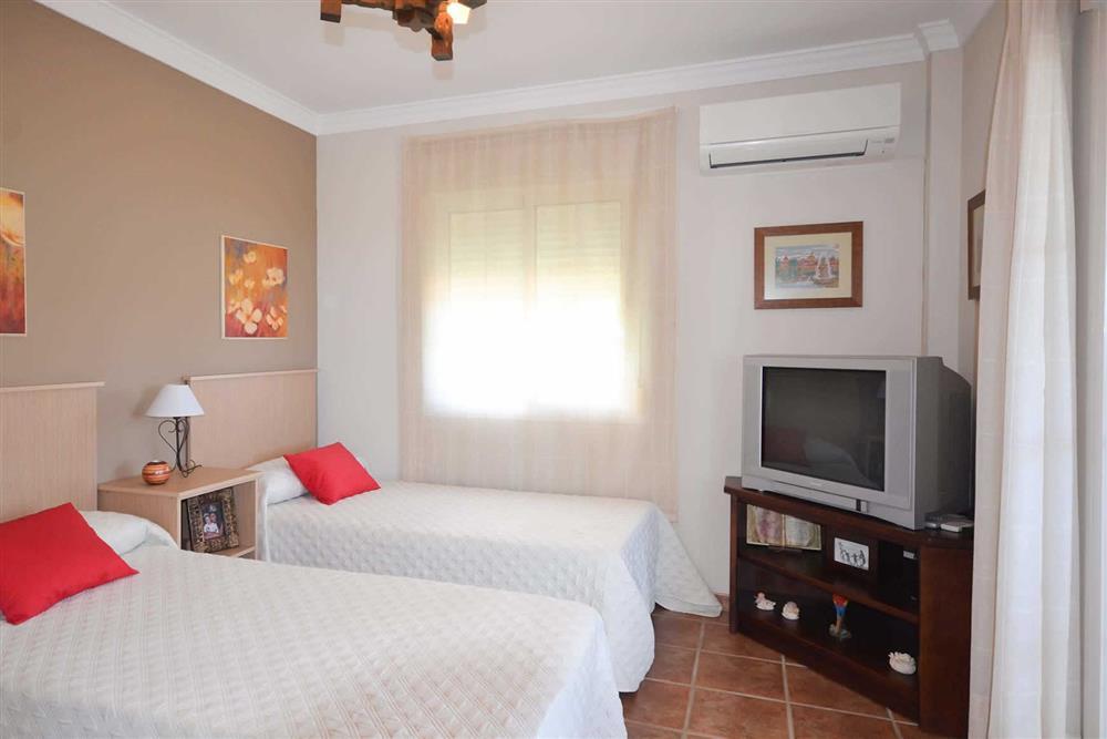 Twin bedroom at Villa Casa Dalia, Nerja, Andalucia