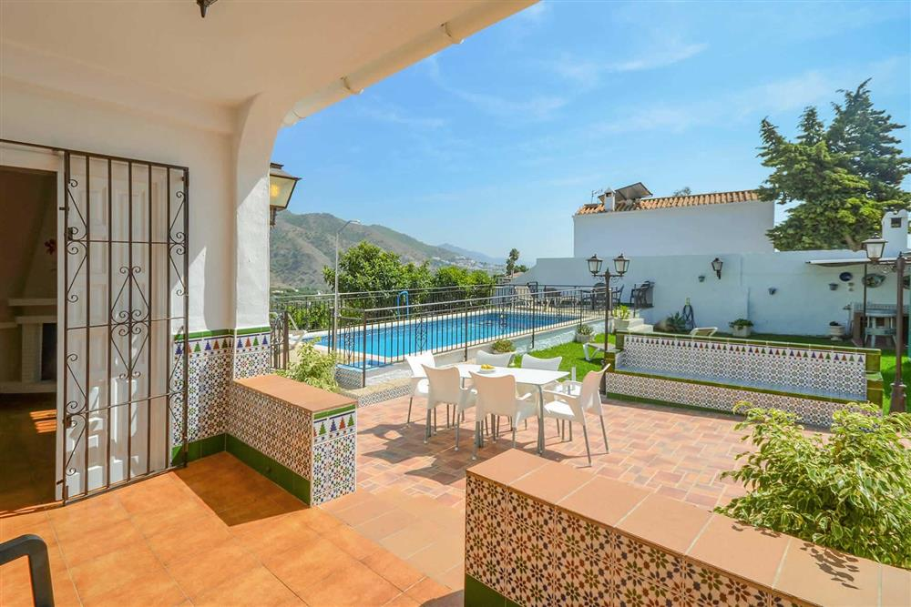 Covered terrace, pool at Villa Casa Loly, Nerja, Andalucia