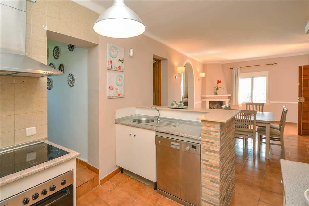Kitchen/diner (photo 2) at Villa Casa Loly, Nerja, Andalucia