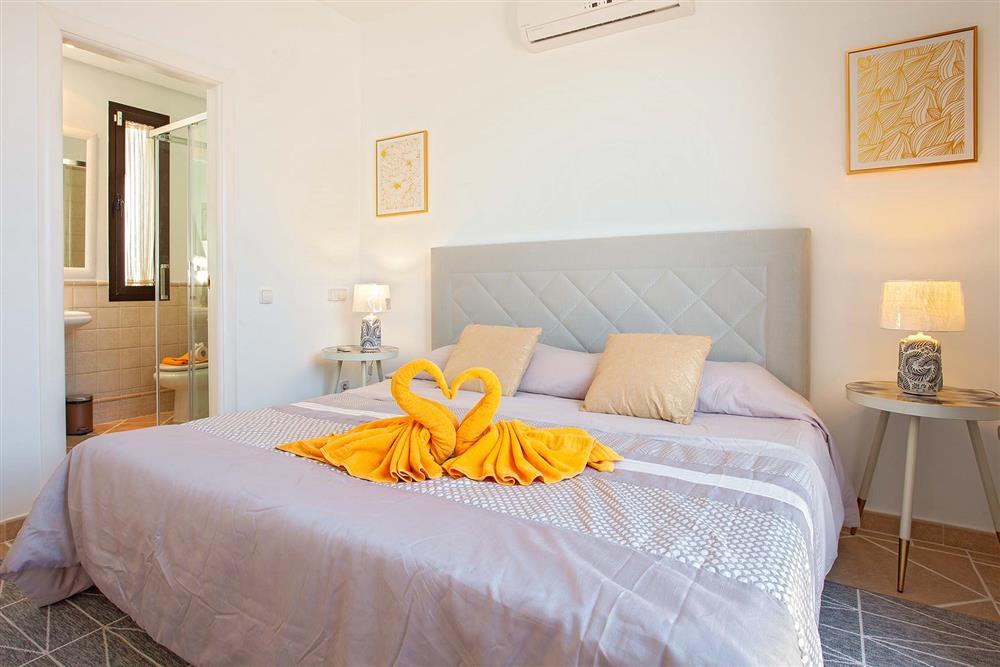 Double bedroom (photo 2) at Villa Cindy, Playa Blanca, Lanzarote