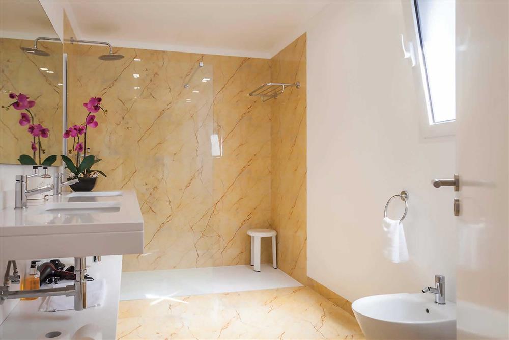 Bathroom (photo 2) at Villa Clementina, Funchal, Madeira