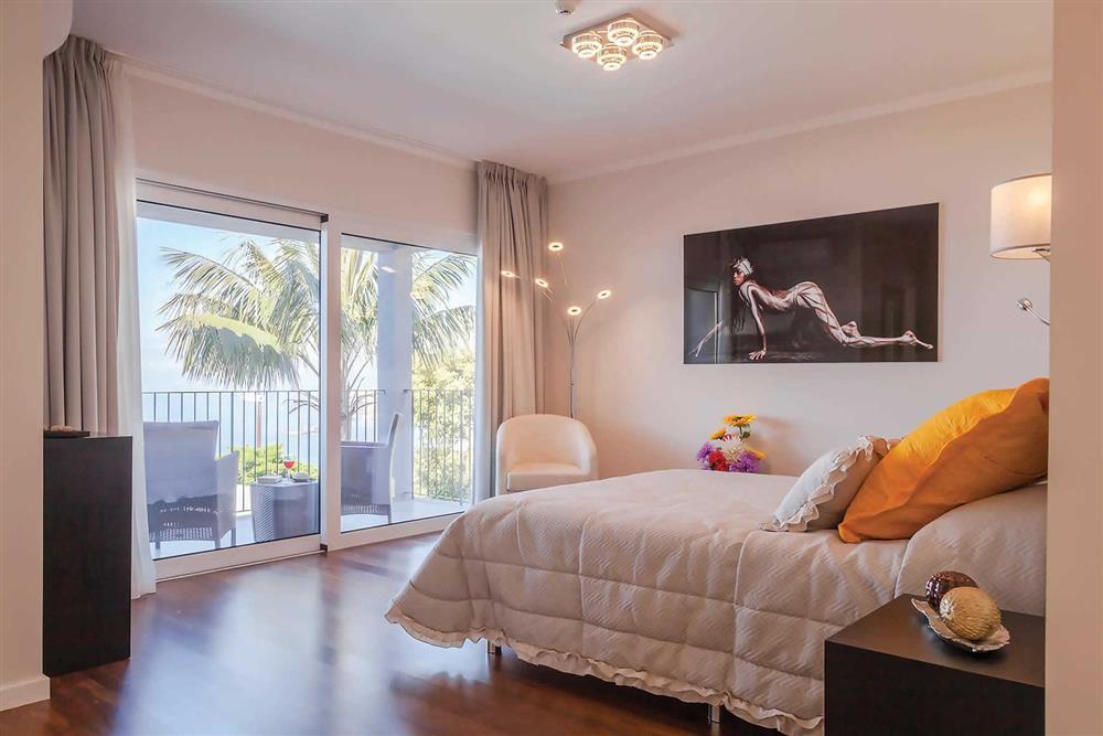 Double bedroom, balcony at Villa Clementina, Funchal, Madeira