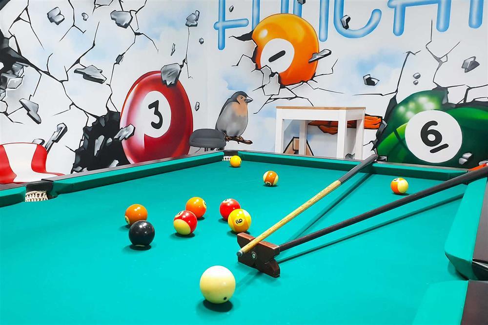 Pool table, games room (photo 2) at Villa Clementina, Funchal, Madeira