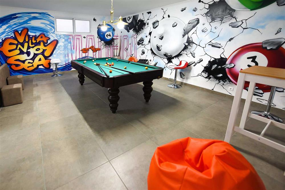 Pool table, games room (photo 4) at Villa Clementina, Funchal, Madeira