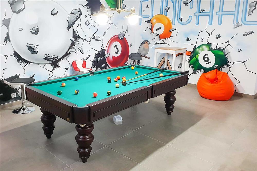 Pool table, games room at Villa Clementina, Funchal, Madeira