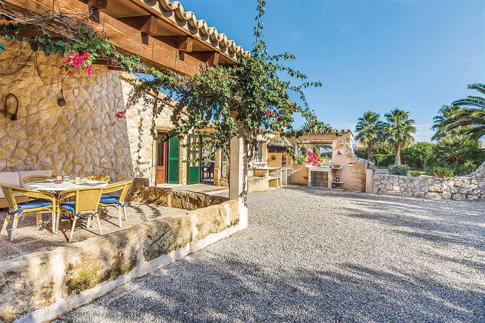 Alfresco dining, barbecue at Villa Cosme, Pollensa, Mallorca, Spain
