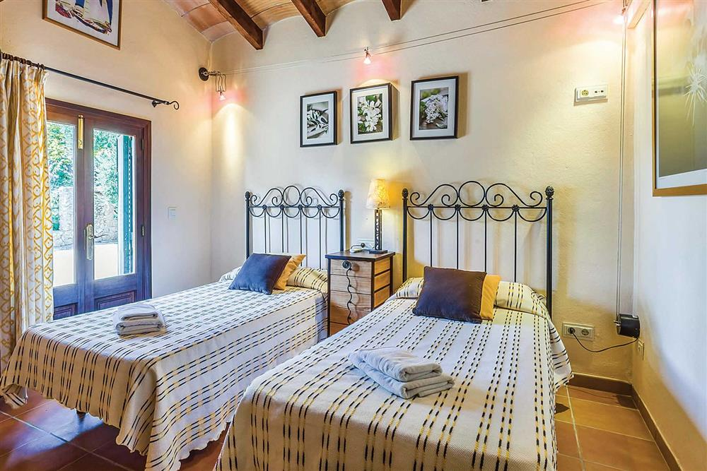 Twin bedroom at Villa Cosme, Pollensa, Mallorca, Spain