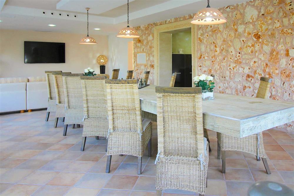Dining room at Villa Es Bosqueres, Santa Margalida, Mallorca