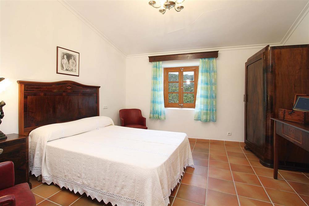 Double bedroom (photo 2) at Villa Jaume Ramona, Pollensa, Mallorca