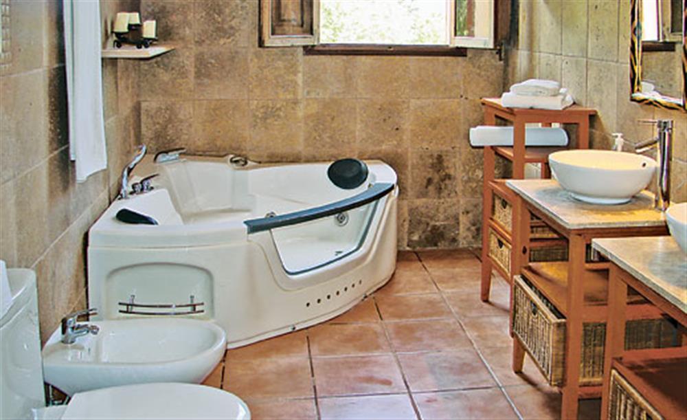 Bathroom at Villa La Nova, Pollensa, Mallorca