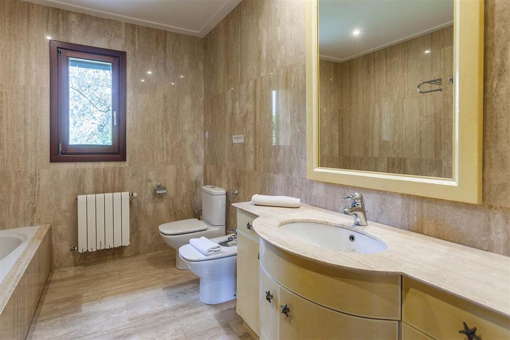 Bathroom (photo 6) at Villa Les Oliveres, Puerto Pollensa, Mallorca