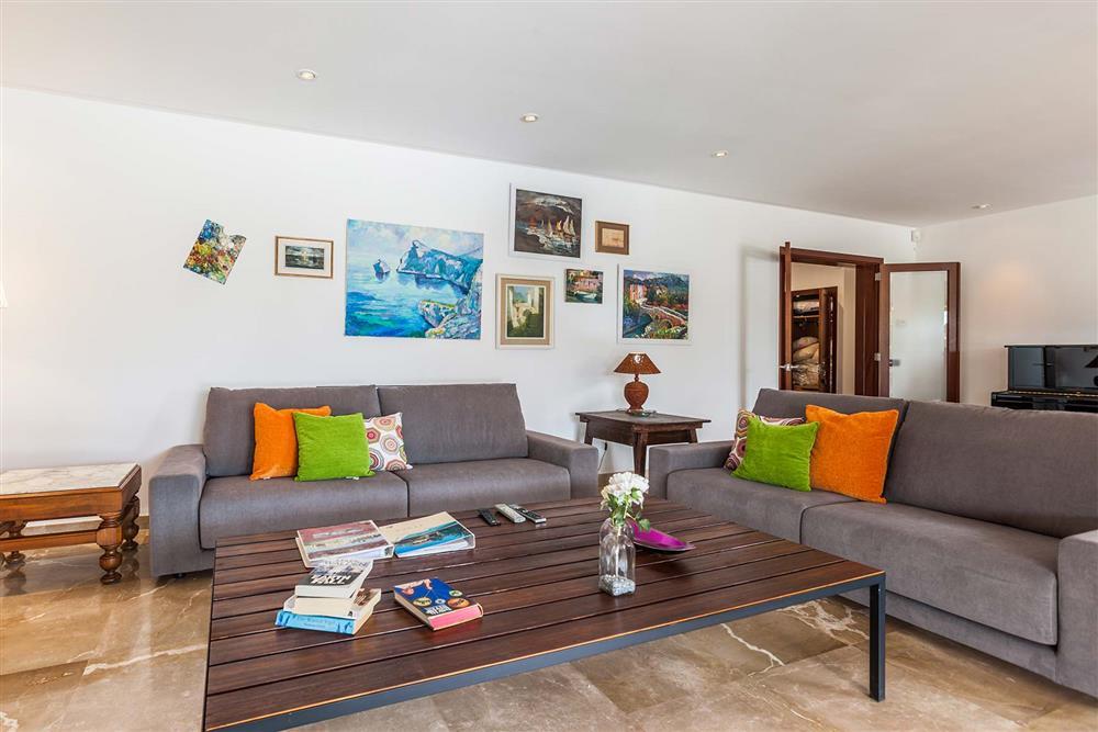 Lounge (photo 4) at Villa Les Oliveres, Puerto Pollensa, Mallorca