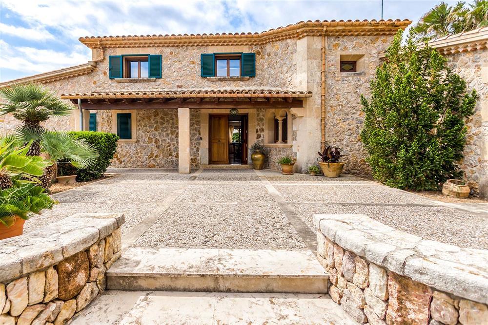 Villa exterior (photo 2) at Villa Les Oliveres, Puerto Pollensa, Mallorca
