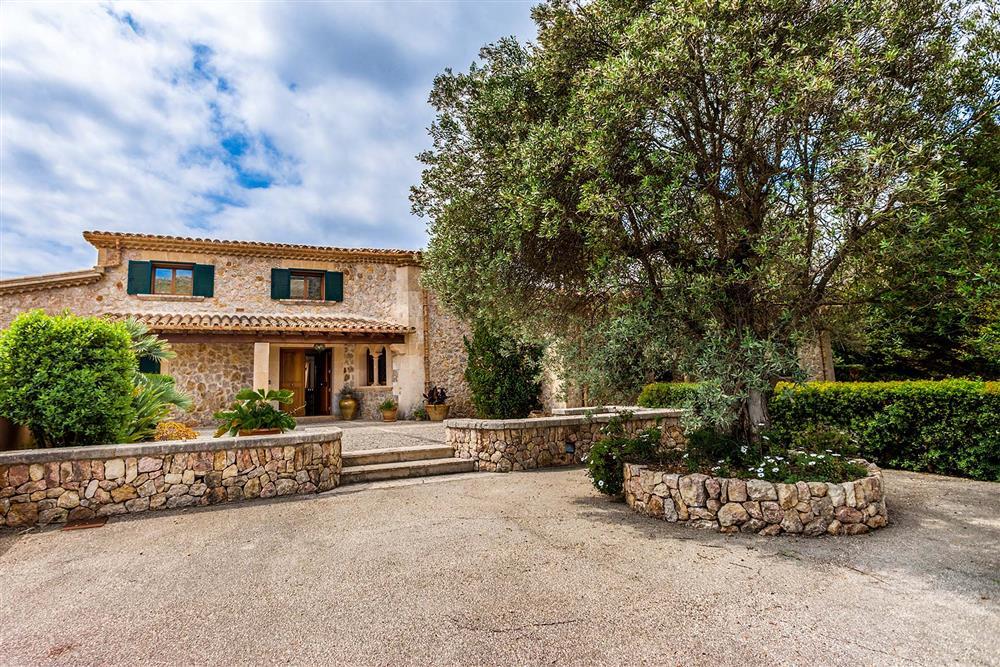 Villa exterior at Villa Les Oliveres, Puerto Pollensa, Mallorca