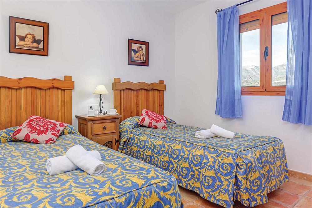 Twin bedroom at Villa Los Tres Soles, Frigiliana, Andalucia