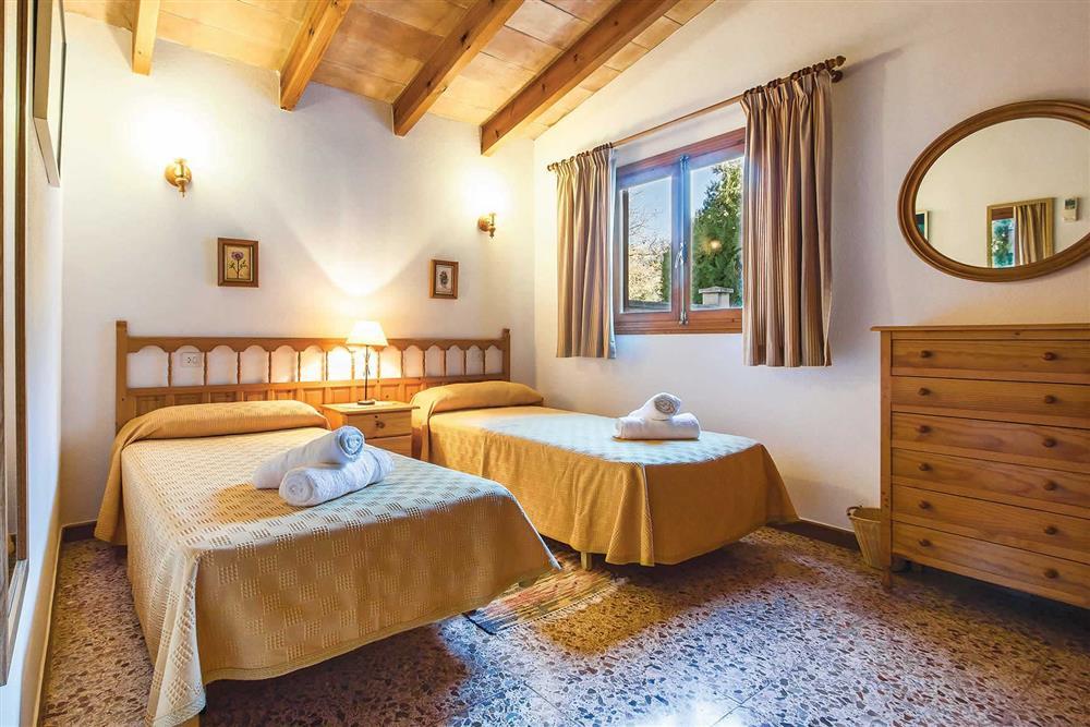 Twin bedroom (photo 2) at Villa Moreno, Pollensa, Mallorca