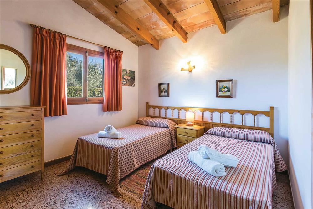 Twin bedroom at Villa Moreno, Pollensa, Mallorca