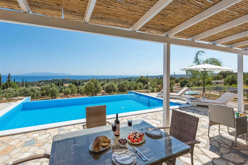Alfresco dining, covered terrace, sea view