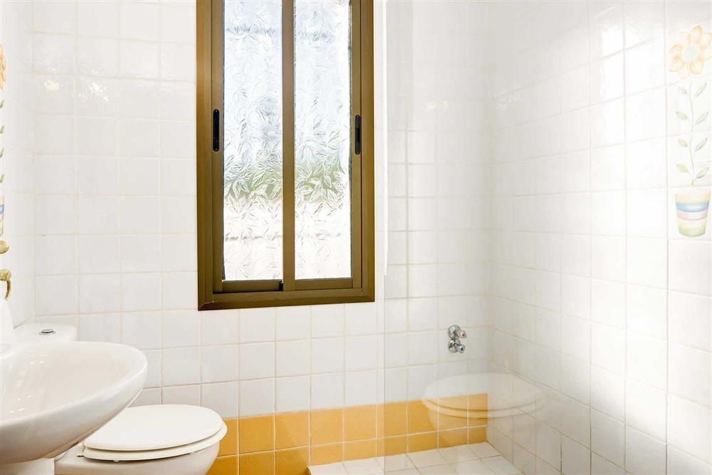 Bathroom (photo 2) at Villa Paraiso, Frigiliana, Andalucia