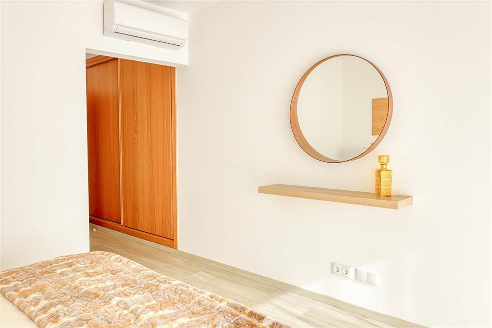 Bedroom (photo 6) at Villa Raquel, Vale de Parra, Algarve