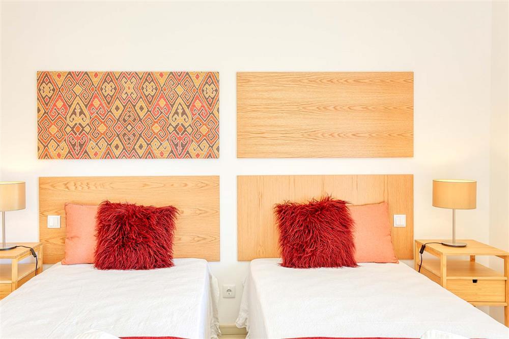 Twin bedroom (photo 6) at Villa Raquel, Vale de Parra, Algarve