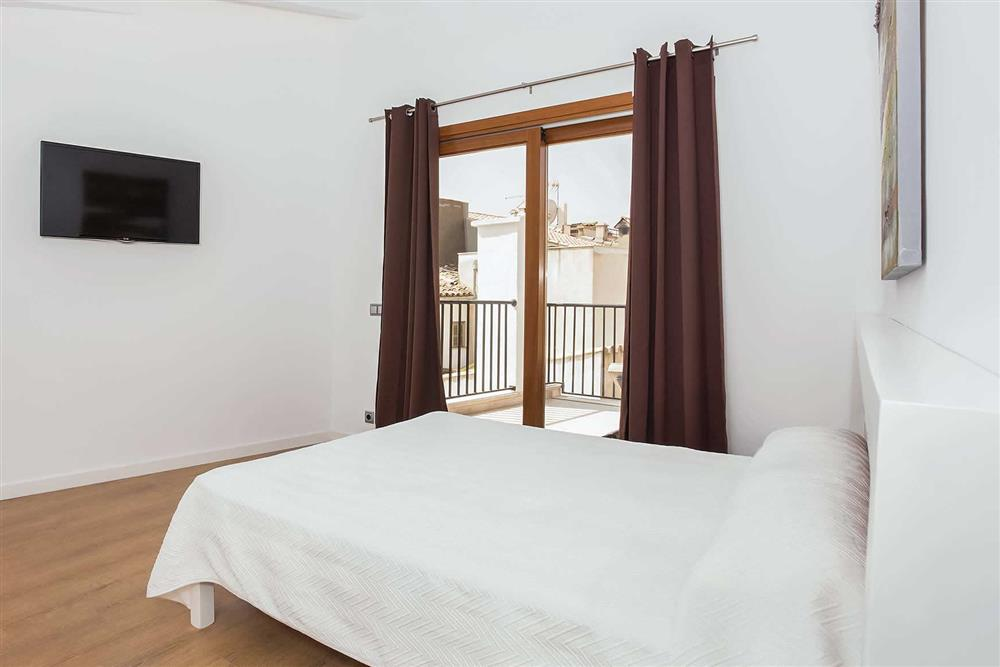 Double bedroom (photo 8) at Villa Sant Sebastia, Pollensa, Mallorca