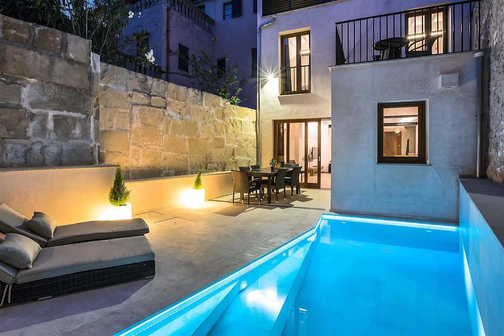 Villa with pool, night shot (photo 2) at Villa Sant Sebastia, Pollensa, Mallorca
