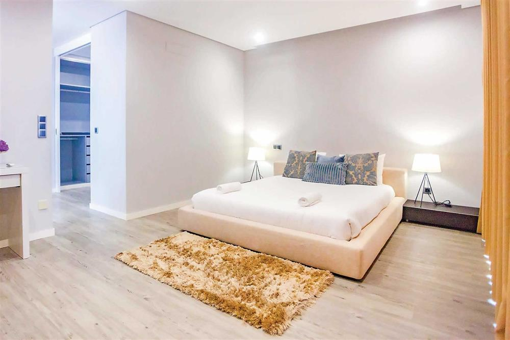 Double bedroom, en suite at Villa Serafina, Funchal, Madeira