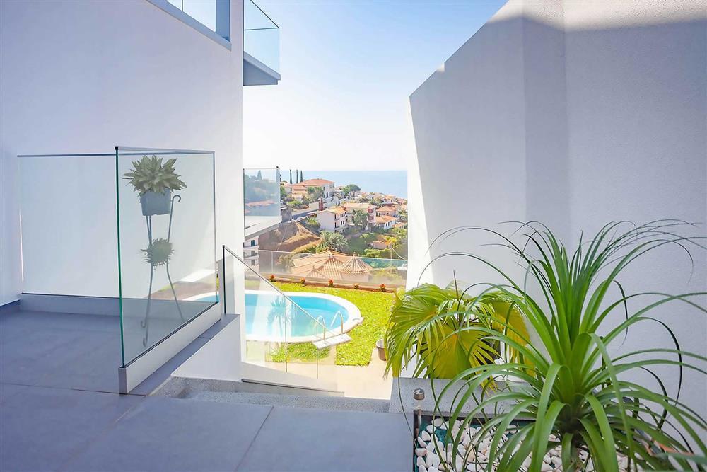 Villa with pool (photo 2) at Villa Serafina, Funchal, Madeira
