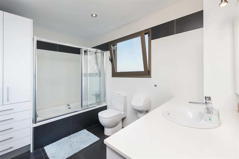 Bathroom (photo 2) at Villa Son Morey II, Can Picafort, Mallorca