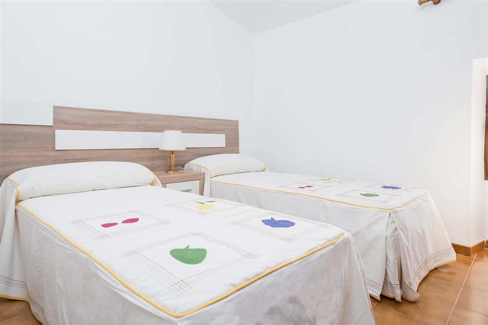 Twin bedroom (photo 2) at Villa Son Morey II, Can Picafort, Mallorca