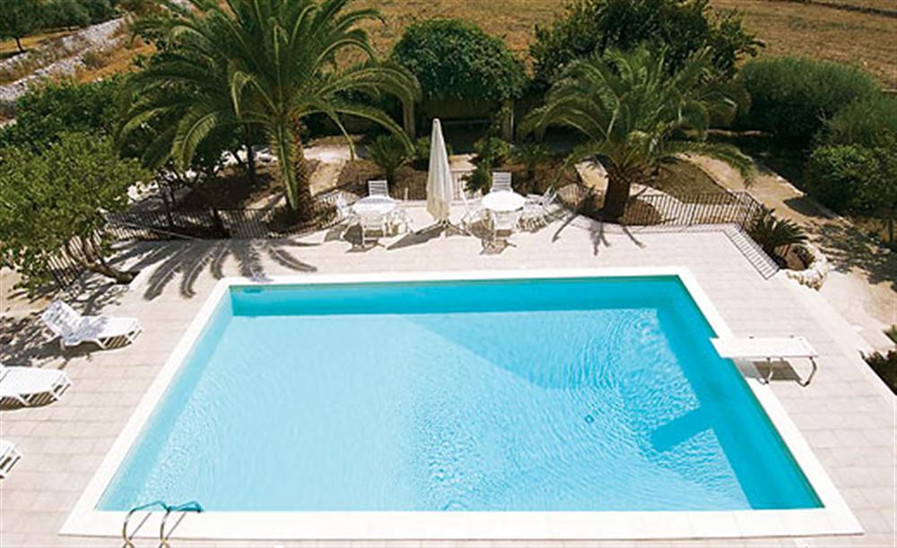 Swimming pool (photo 2) at Villa Trombadore, Modica Sicily, Italy
